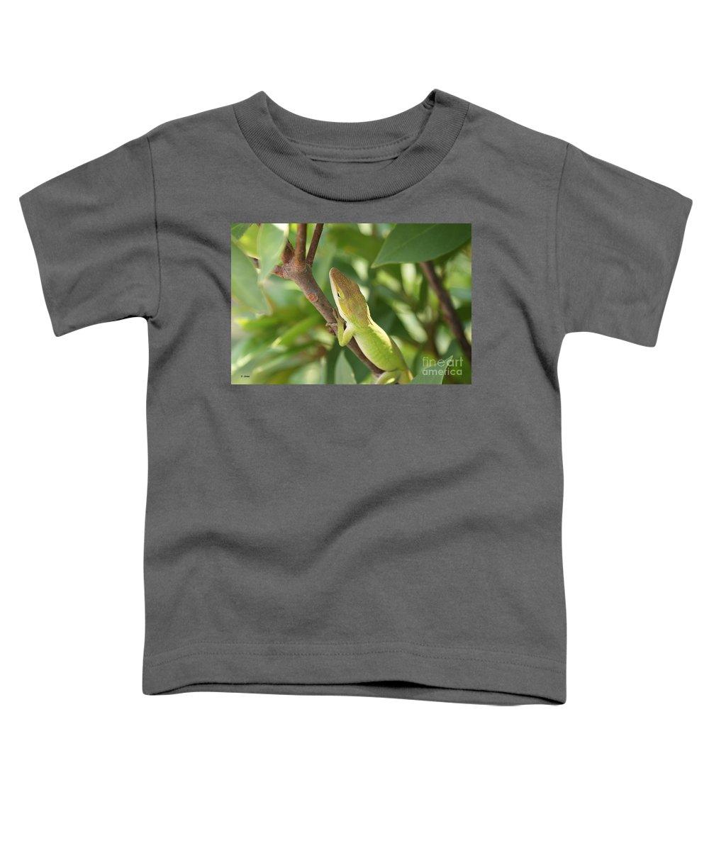 Lizard Toddler T-Shirt featuring the photograph Blusing Lizard by Shelley Jones