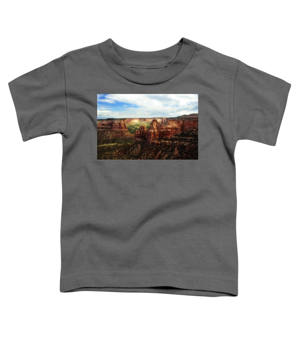 Americana Toddler T-Shirt featuring the photograph Colorado National Monument by Marilyn Hunt