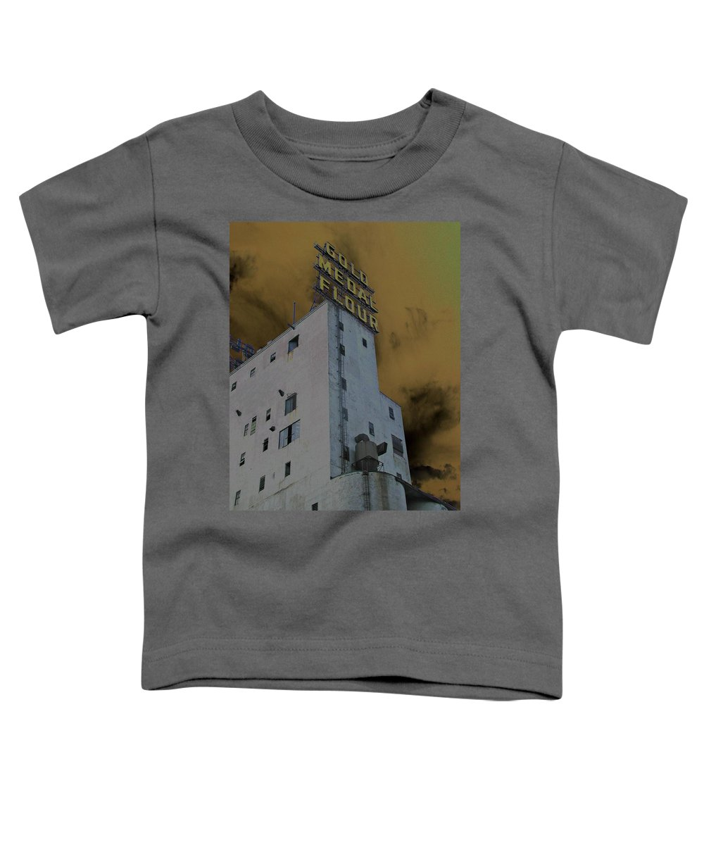 Minneapolis Toddler T-Shirt featuring the photograph Gold Medal Flour by Tom Reynen