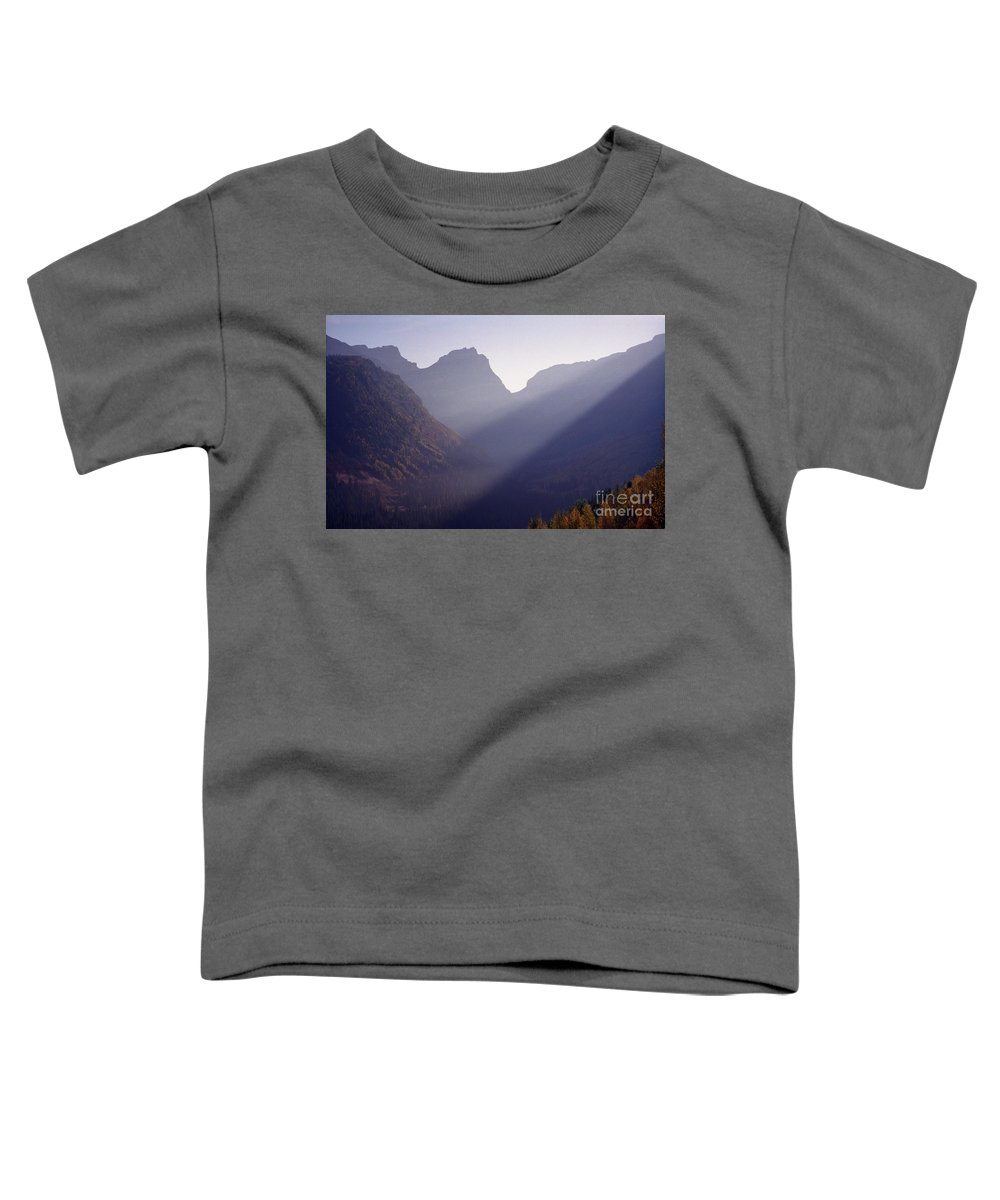 Mountains Toddler T-Shirt featuring the photograph Logan Pass by Richard Rizzo