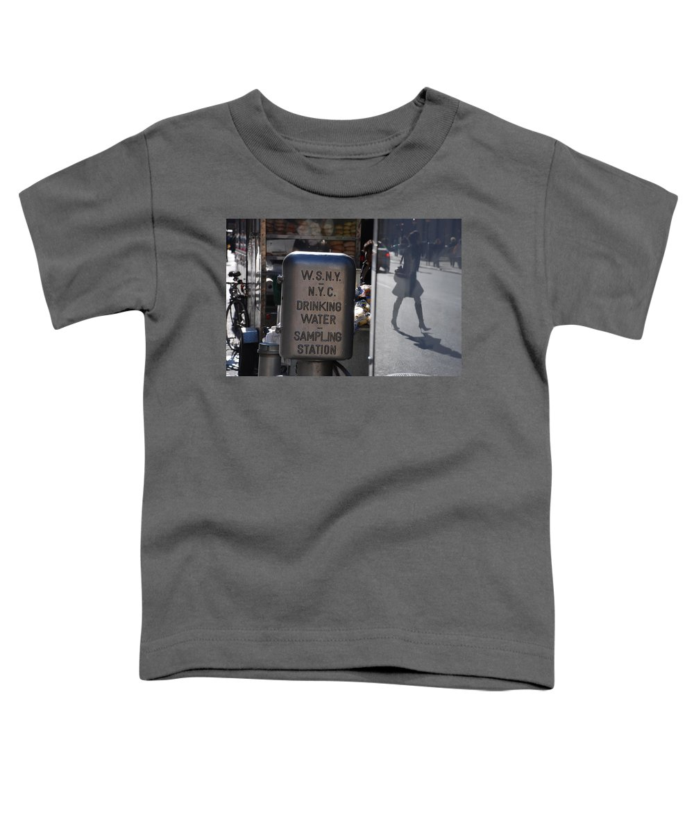 Street Scene Toddler T-Shirt featuring the photograph Nyc Drinking Water by Rob Hans