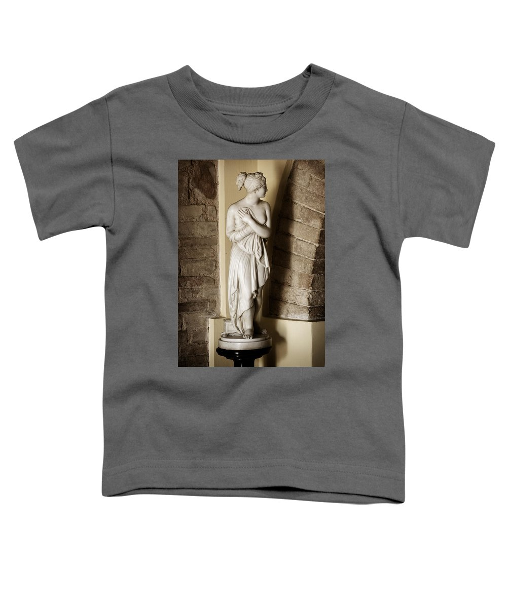 Statue Toddler T-Shirt featuring the photograph Peering Woman by Marilyn Hunt