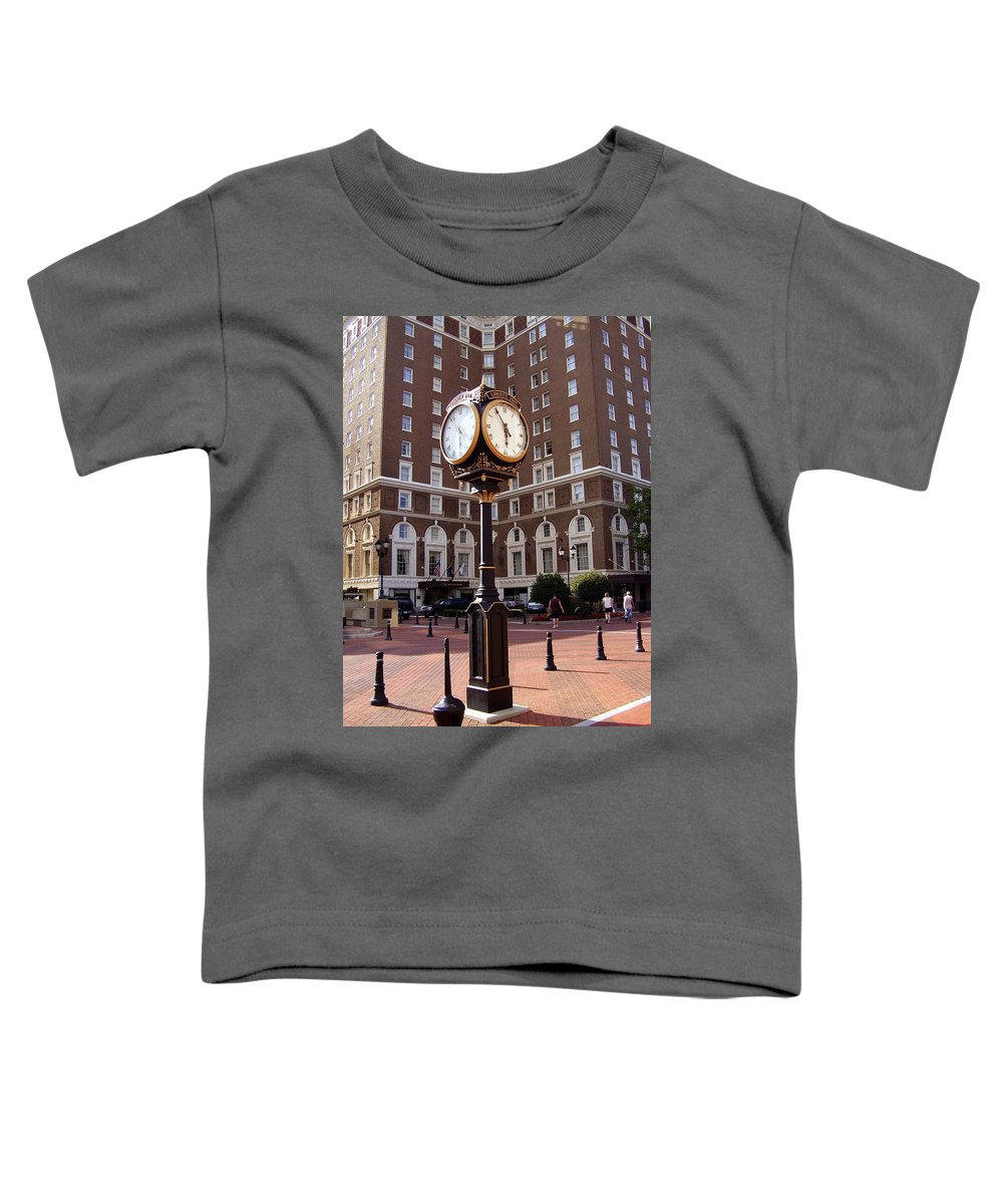 Poinsett Hotel Toddler T-Shirt featuring the photograph Poinsett Hotel Greeenville Sc by Flavia Westerwelle