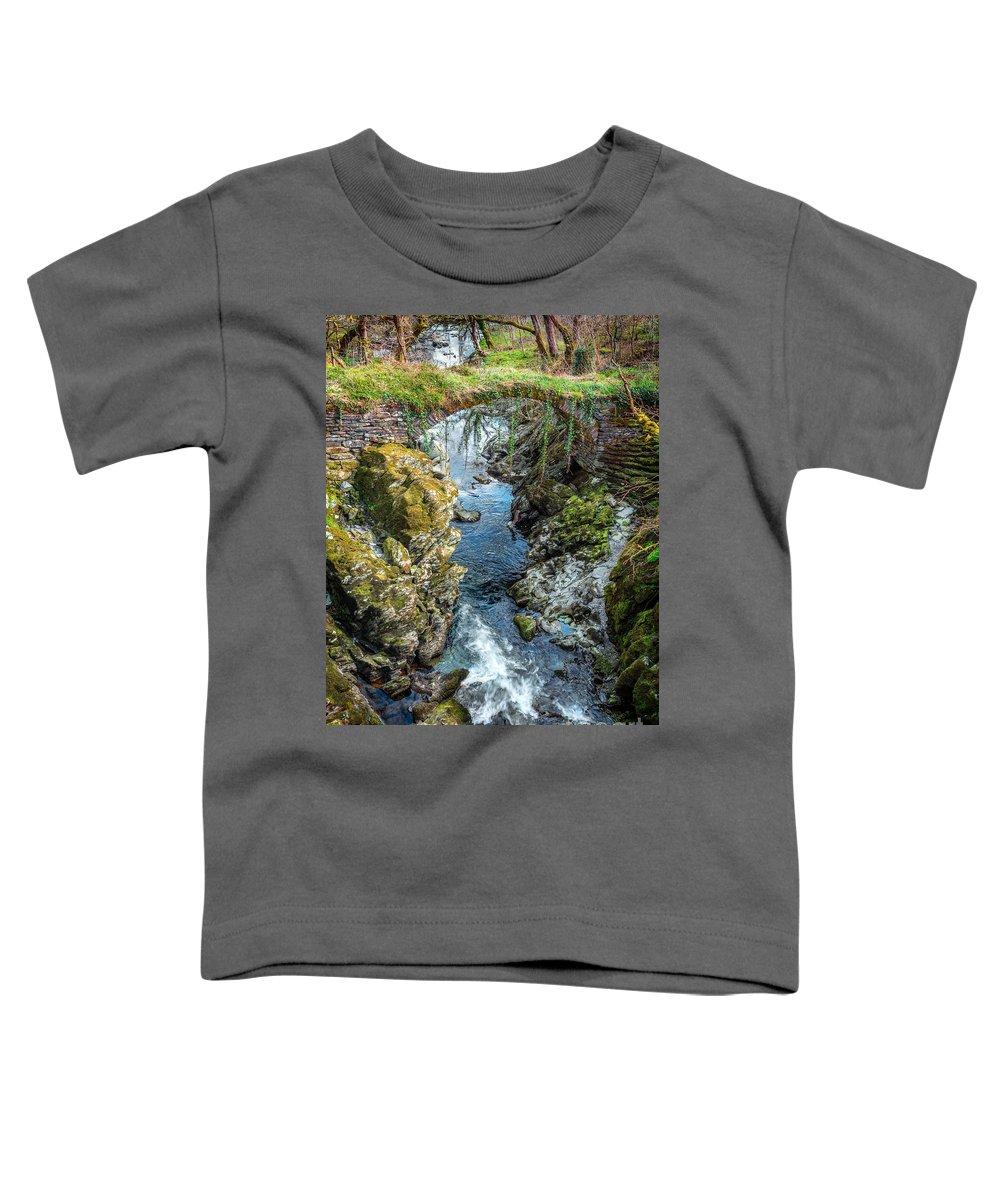 Bridge Toddler T-Shirt featuring the photograph Roman Bridge by Adrian Evans