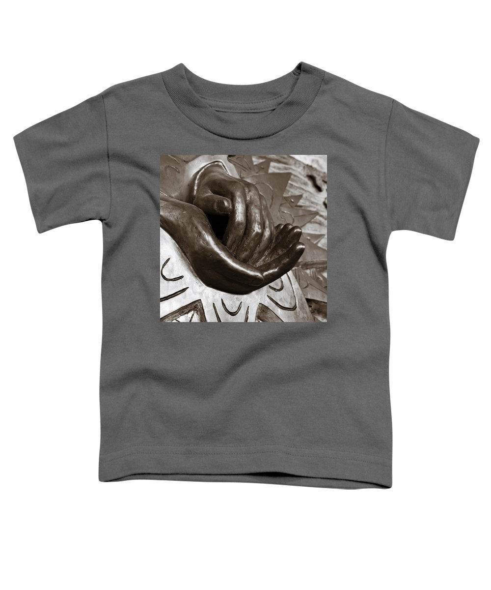 Hands Toddler T-Shirt featuring the photograph Sharing Hands by Marilyn Hunt