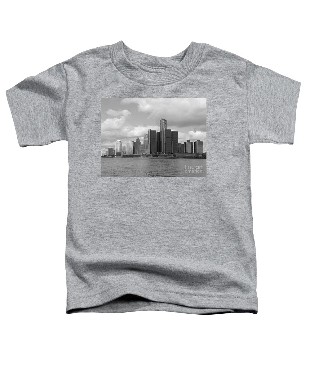 Detroit Toddler T-Shirt featuring the photograph Detroit Skyscape by Ann Horn