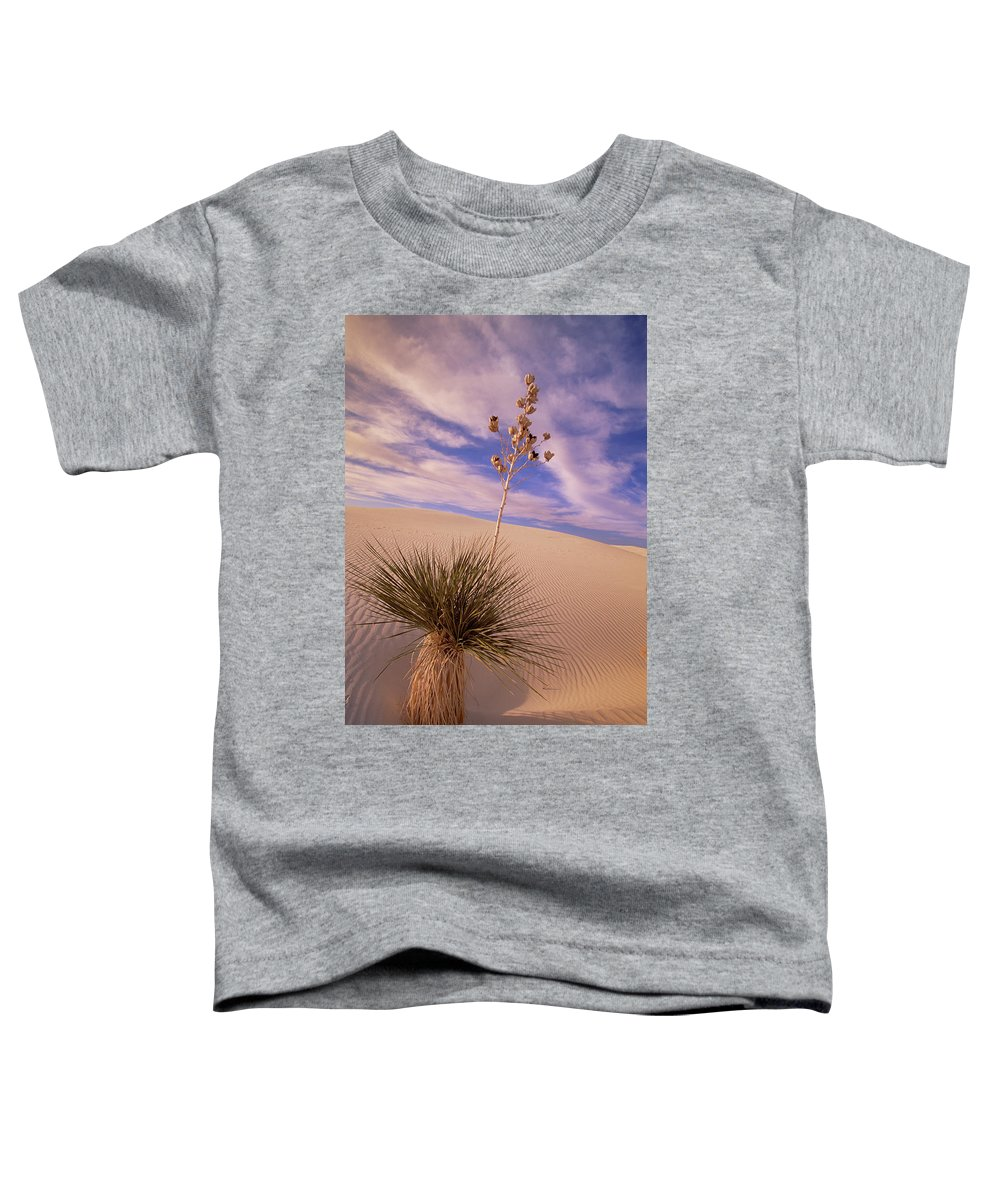 00341457 Toddler T-Shirt featuring the photograph Soaptree Yucca On Dune by Yva Momatiuk and John Eastcott