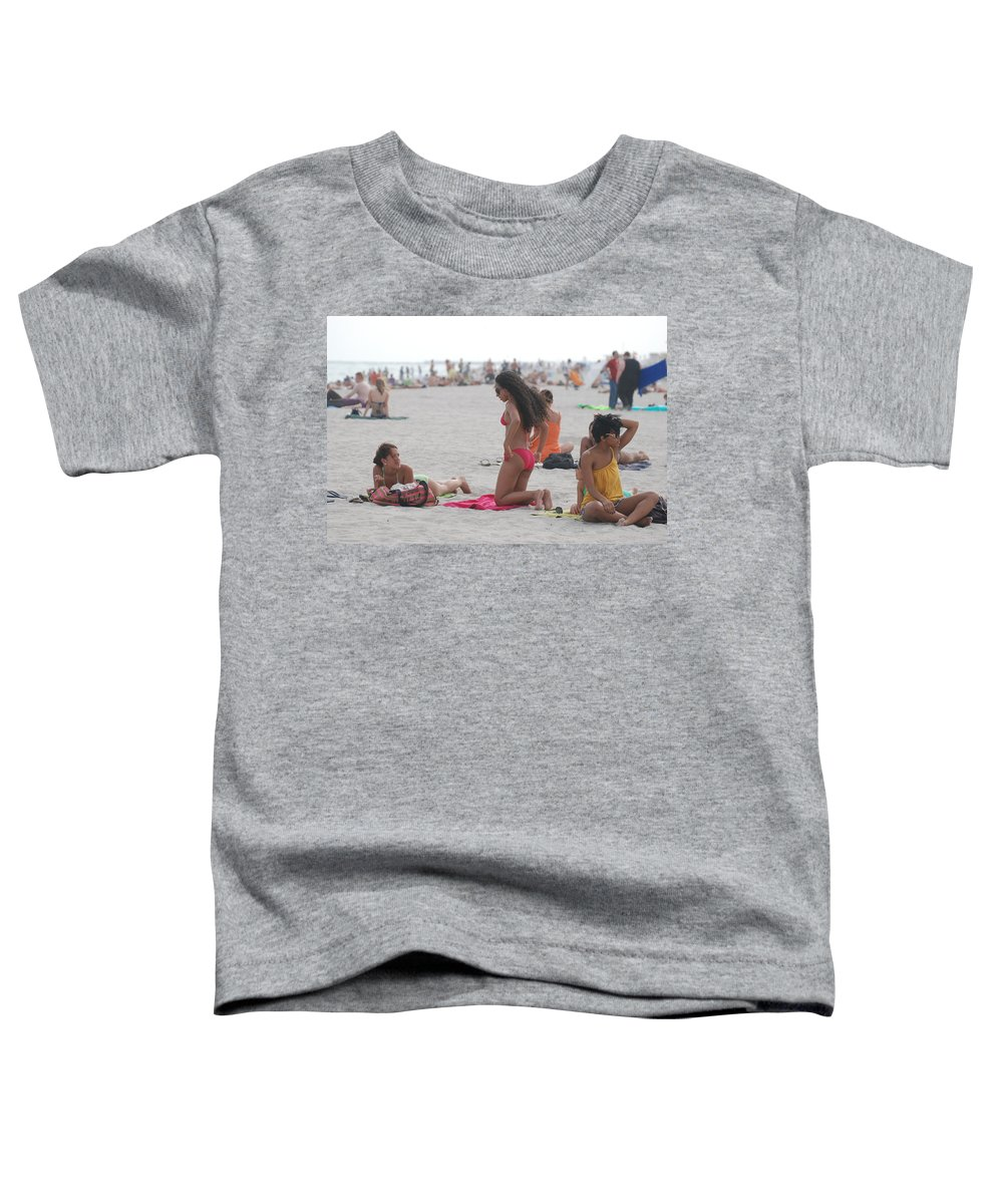 Girls Toddler T-Shirt featuring the photograph At The Beach by Rob Hans