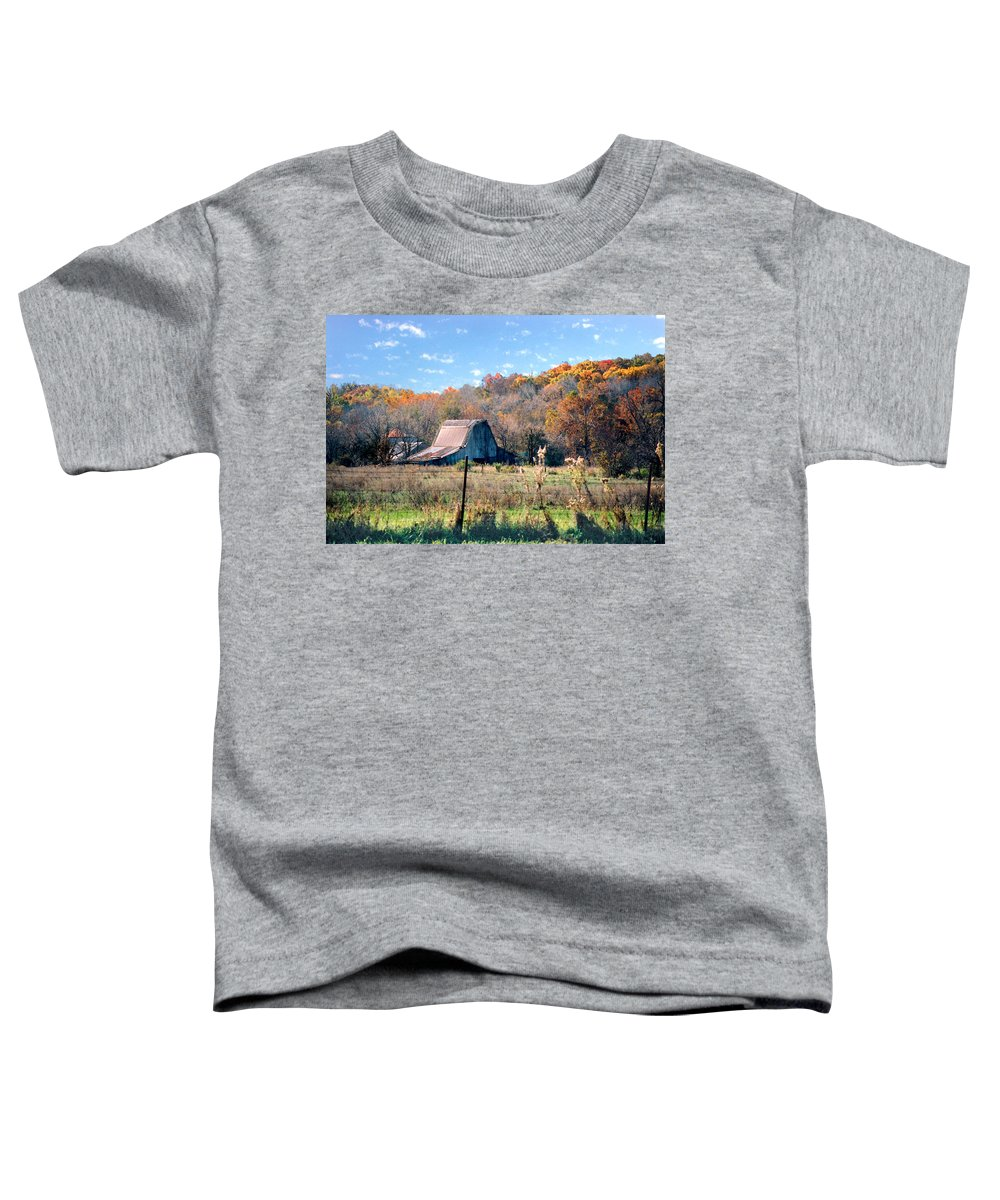 Landscape Toddler T-Shirt featuring the photograph Barn In Liberty Mo by Steve Karol