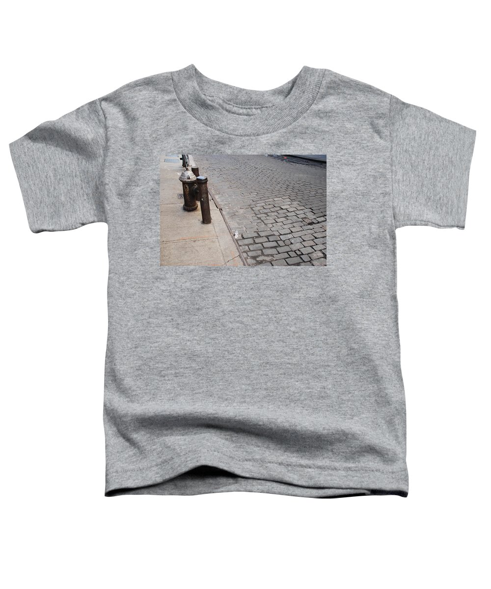 Architecture Toddler T-Shirt featuring the photograph Forgotten N Y by Rob Hans