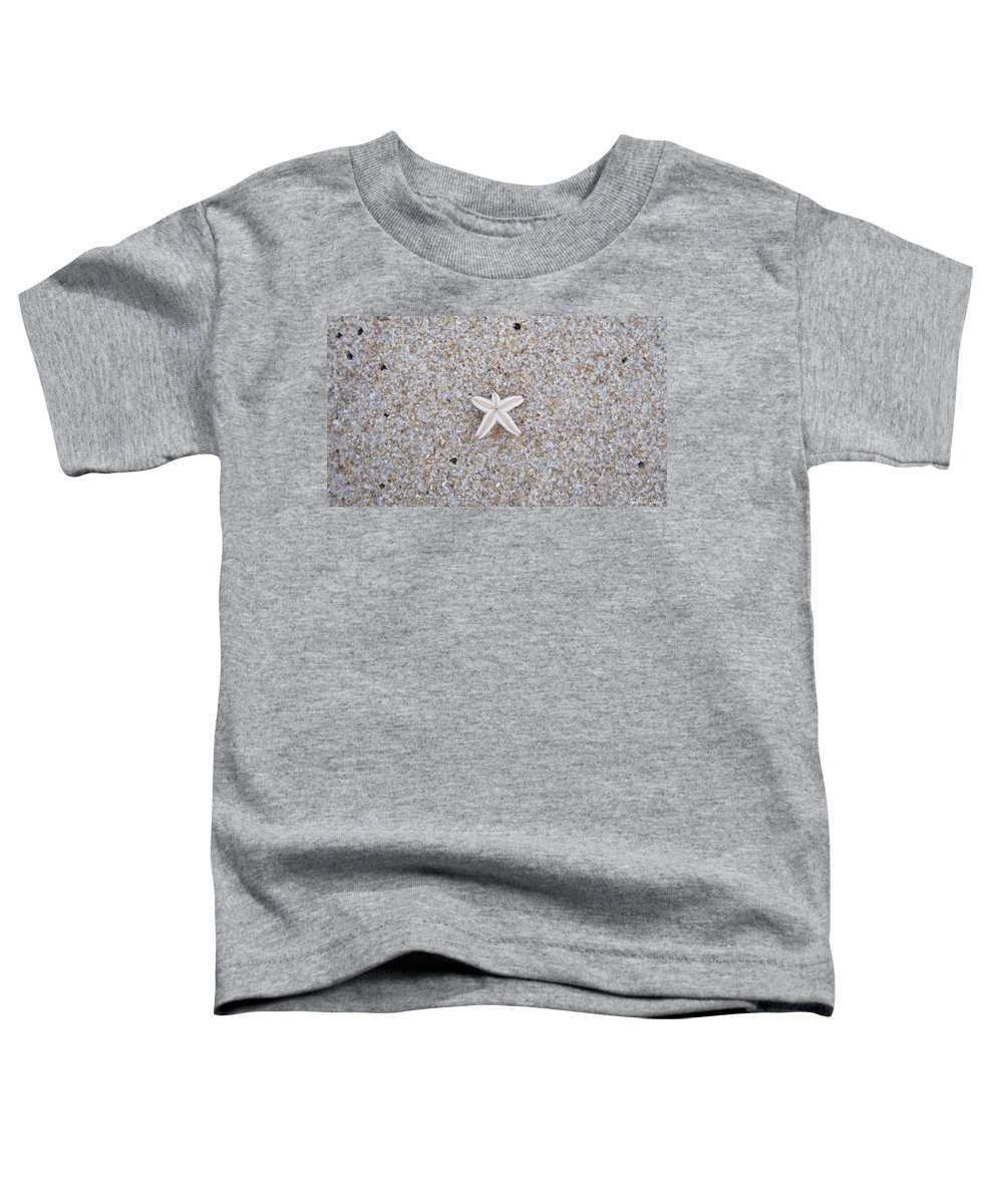 Sylt Toddler T-Shirt featuring the photograph Small Star Fish by Heidi Sieber
