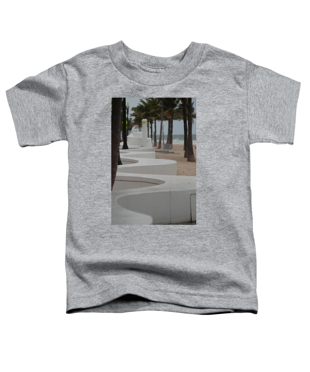Pop Art Toddler T-Shirt featuring the photograph Zig Zag At The Beach by Rob Hans
