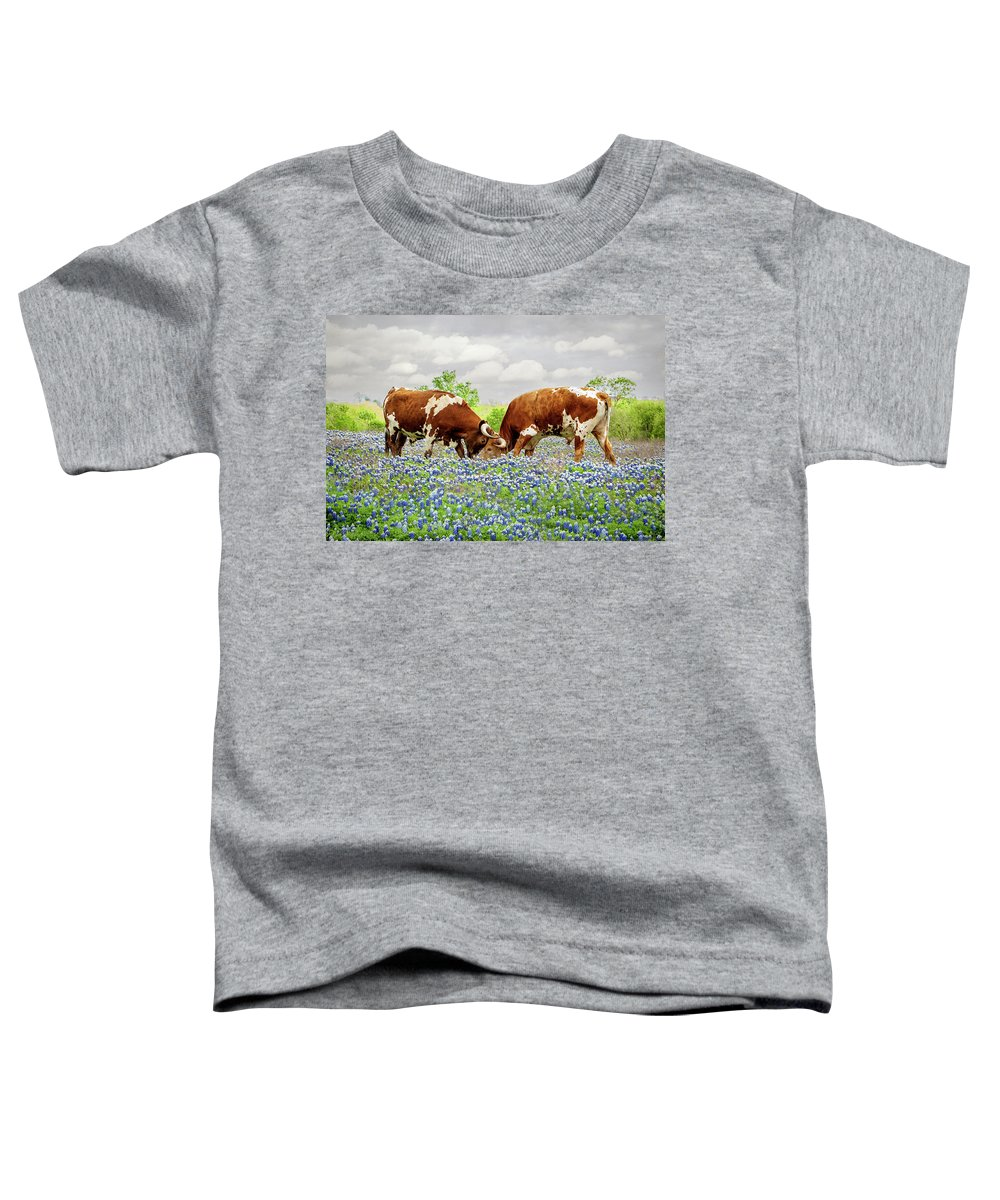 Longhorns Toddler T-Shirt featuring the photograph Head to Head by Linda Lee Hall