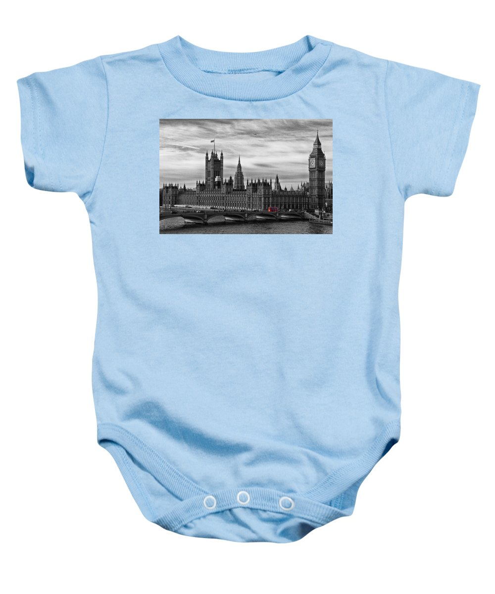 Palace Of Westminster Baby Onesie featuring the photograph Houses Of Parliament by David Pringle