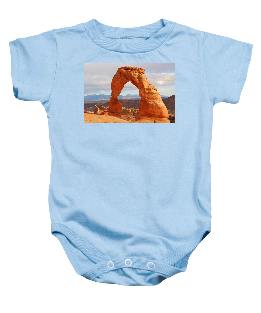 Landscape Photograph Baby Onesie featuring the photograph Delicate Arch by Cascade Colors