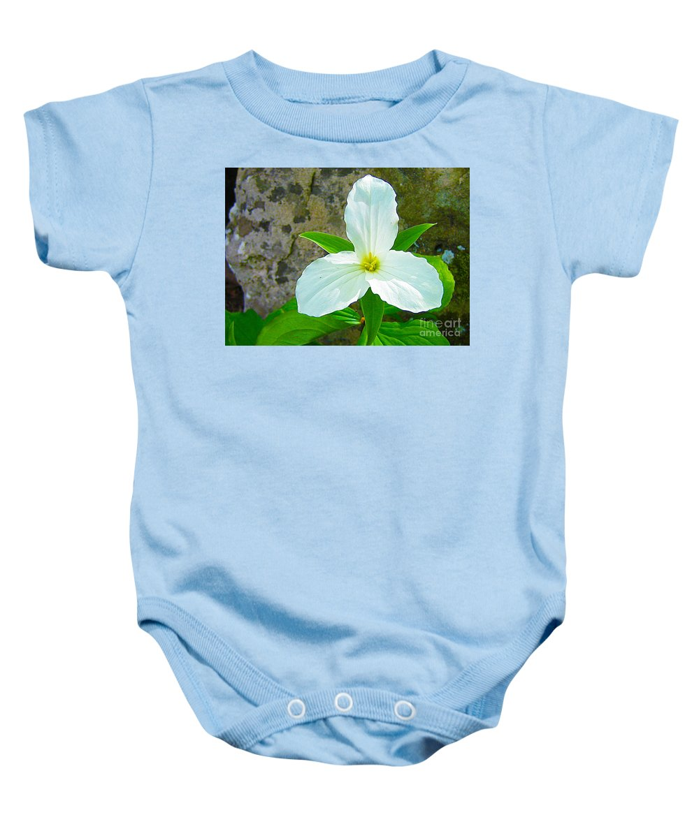 Flower Baby Onesie featuring the photograph Ontario Trillium by Nina Silver