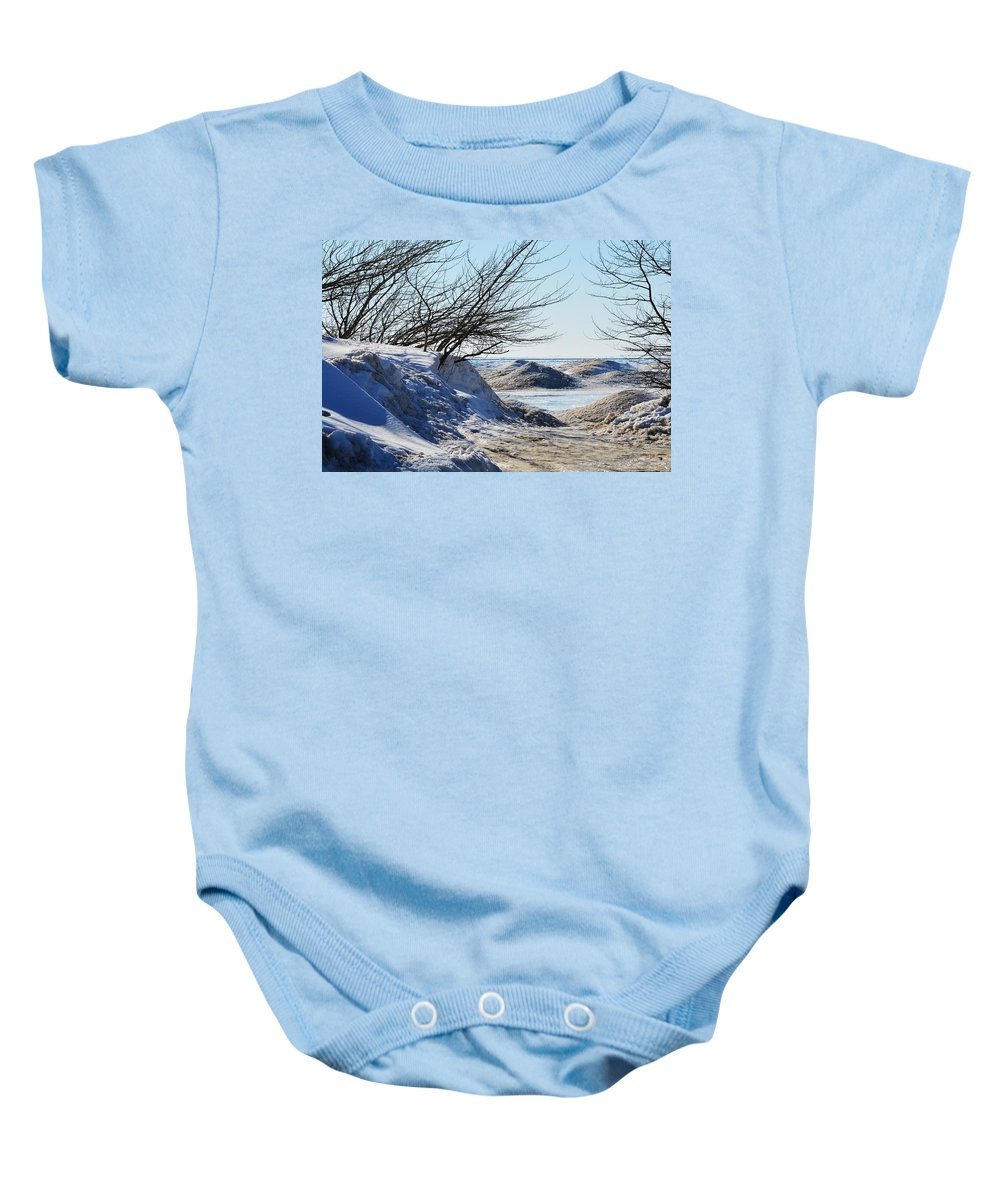 Michigan Baby Onesie featuring the photograph Through The Opening by Linda Kerkau