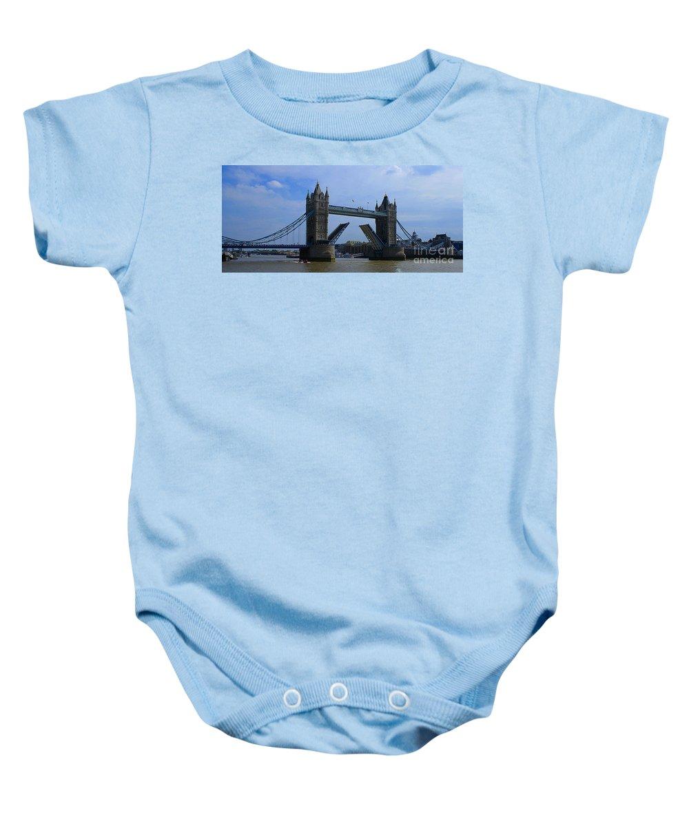 Tower Bridge Baby Onesie featuring the photograph Tower Bridge by Robert Edgar