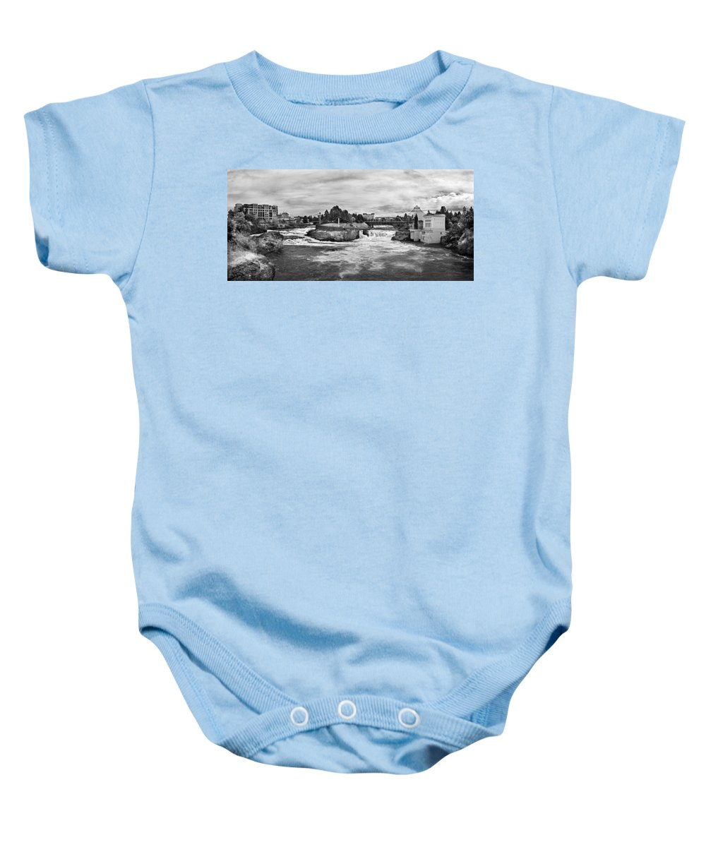 B&w Baby Onesie featuring the photograph Spokane Falls From Lincoln Street Bridge In B And W by Lee Santa