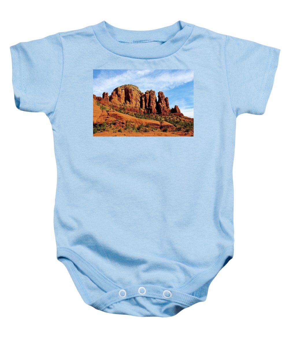 Landscape Baby Onesie featuring the photograph Twin Buttes Sedona Az Hbn2 by Edward Dobosh