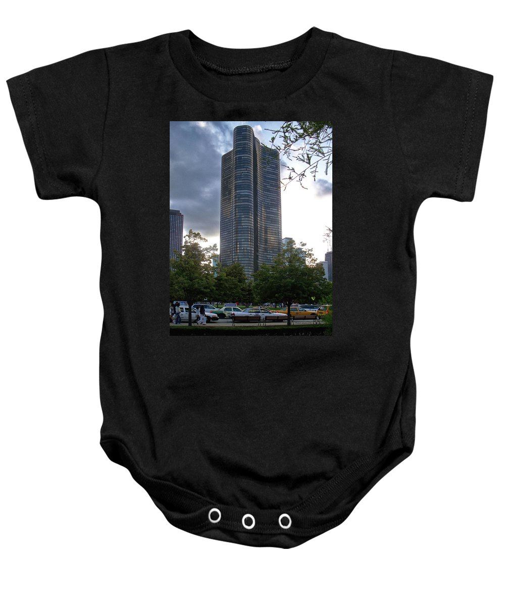 Featured Baby Onesie featuring the photograph Chicago Lake Point Tower by Thomas Woolworth