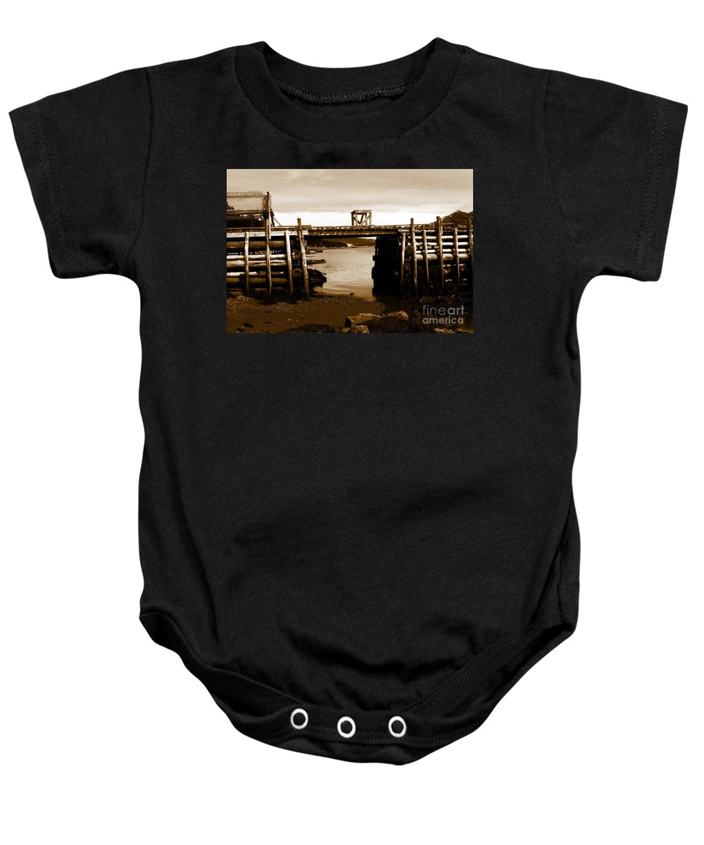 Wharf Baby Onesie featuring the photograph Wharf At Low Tide by Barbara Griffin