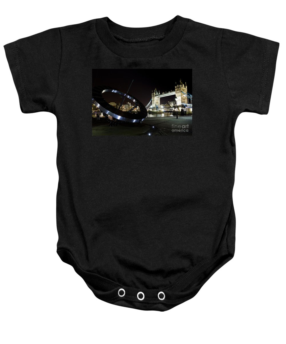 Thames Baby Onesie featuring the photograph Night View Of The Thames Riverbank by David Pyatt