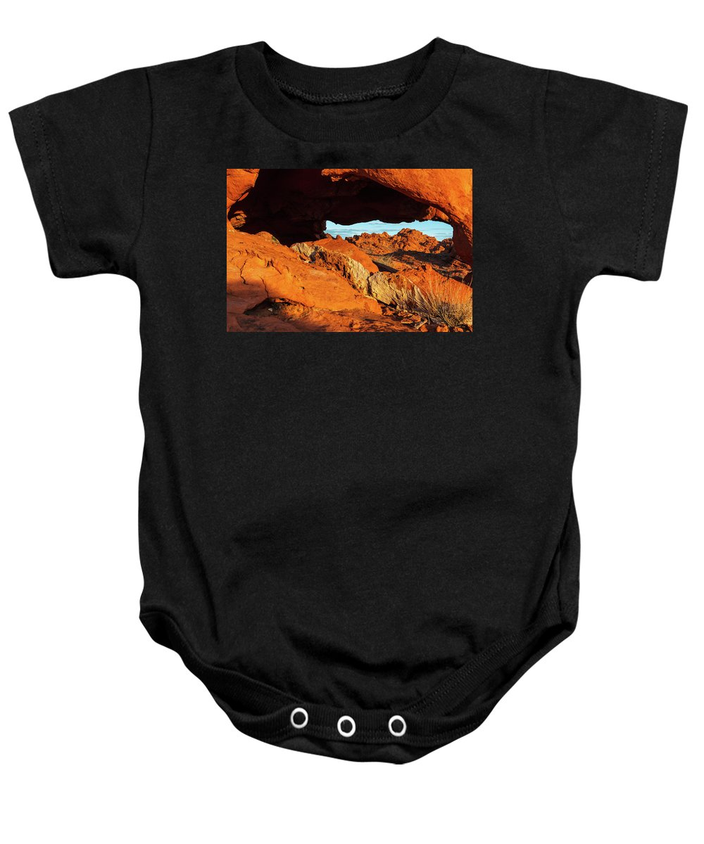 Valley Of Fire State Park Baby Onesie featuring the photograph Arch View by James Marvin Phelps