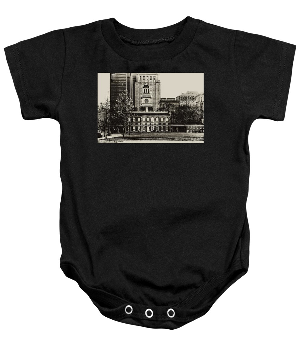 Philadelphia Baby Onesie featuring the photograph Independence Hall by Bill Cannon