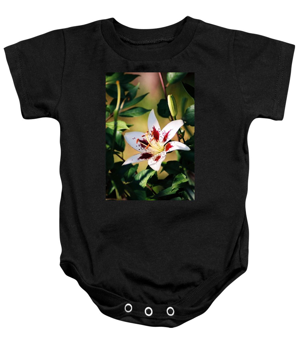 Flower Baby Onesie featuring the photograph Lily by Steve Karol
