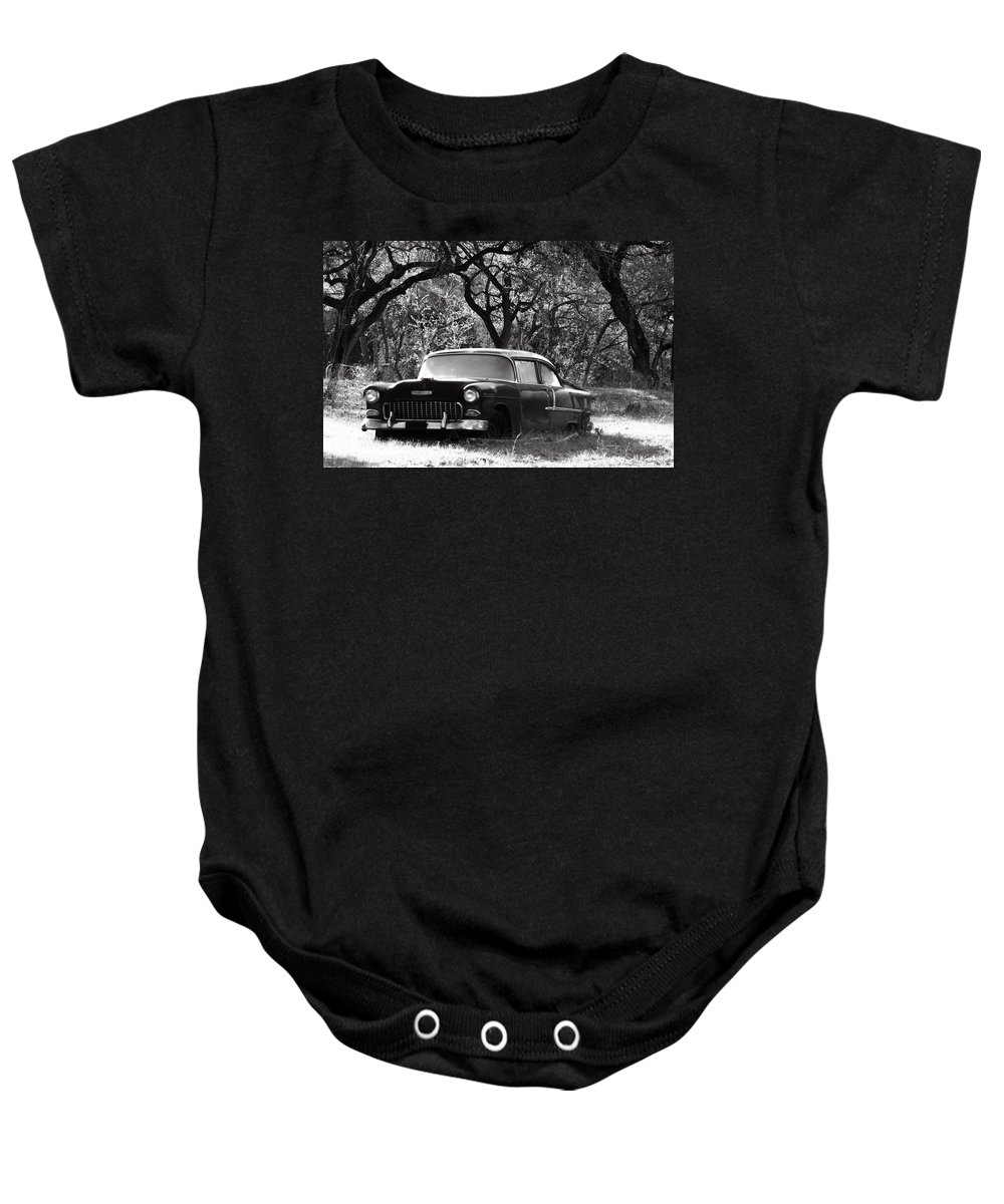 Americana Baby Onesie featuring the photograph Resting Amongst The Oaks by Marilyn Hunt