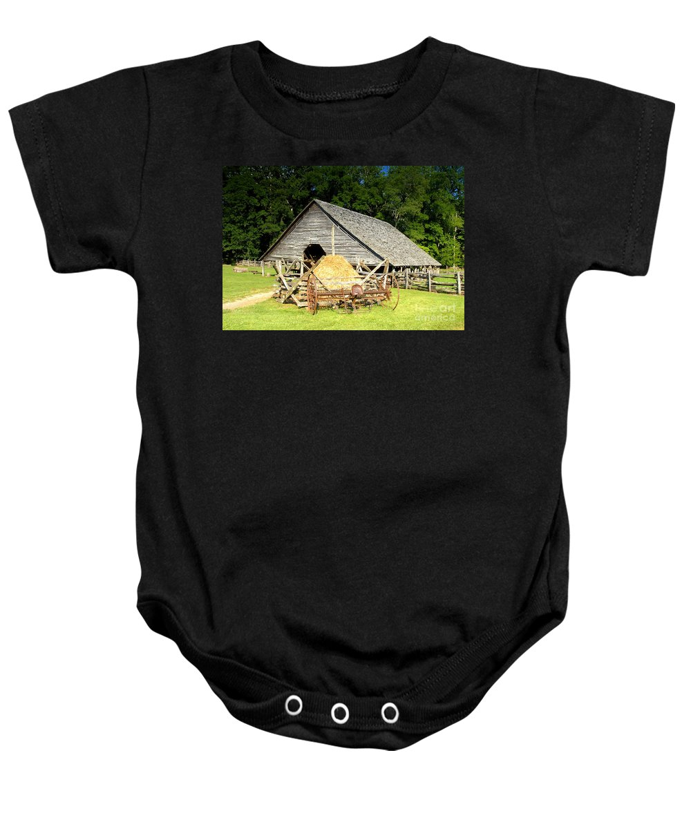 Smoky Mountains Baby Onesie featuring the photograph Smoky Mountain Farm by David Lee Thompson
