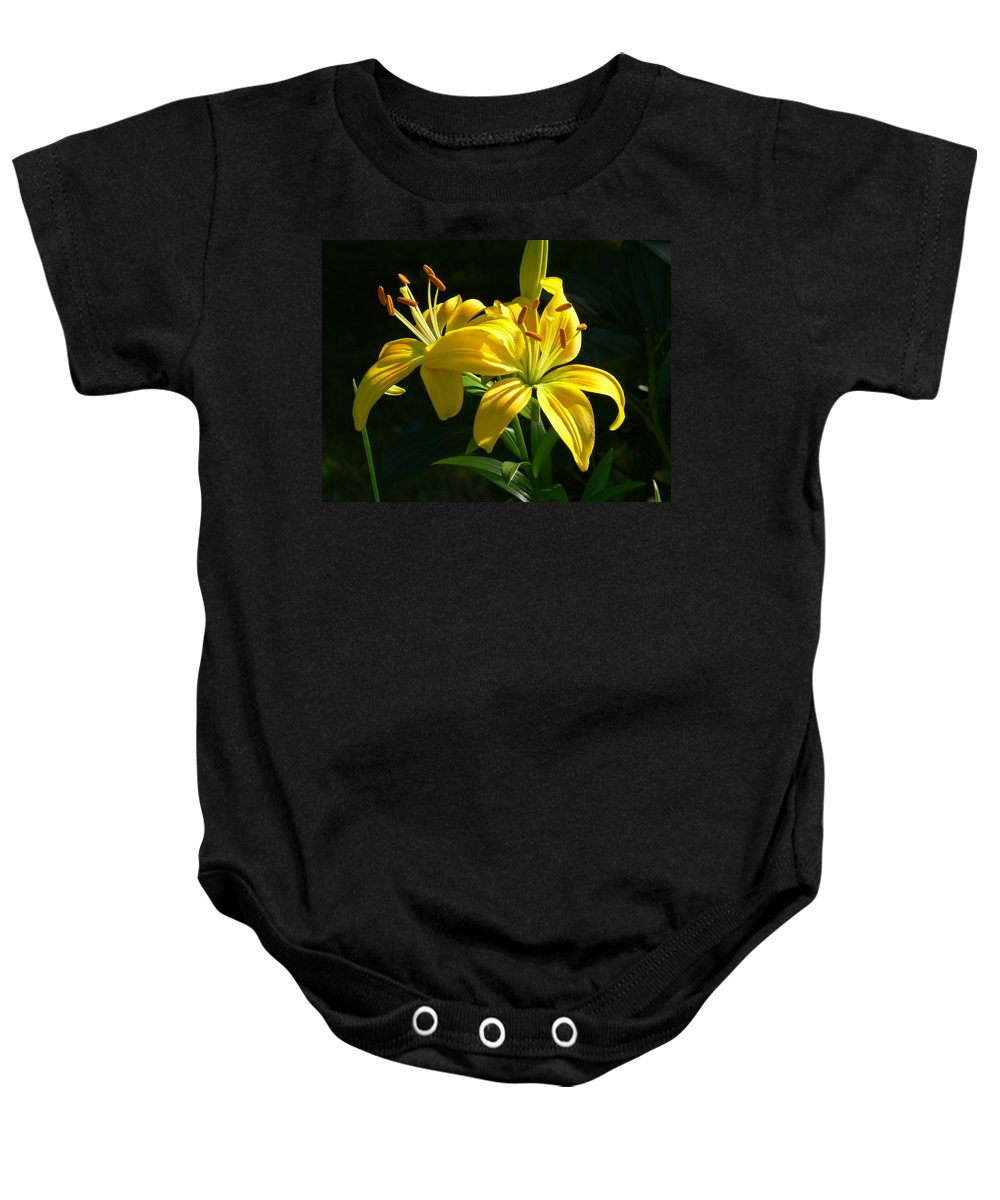 Lily Baby Onesie featuring the photograph Stunning by Nancie DeMellia