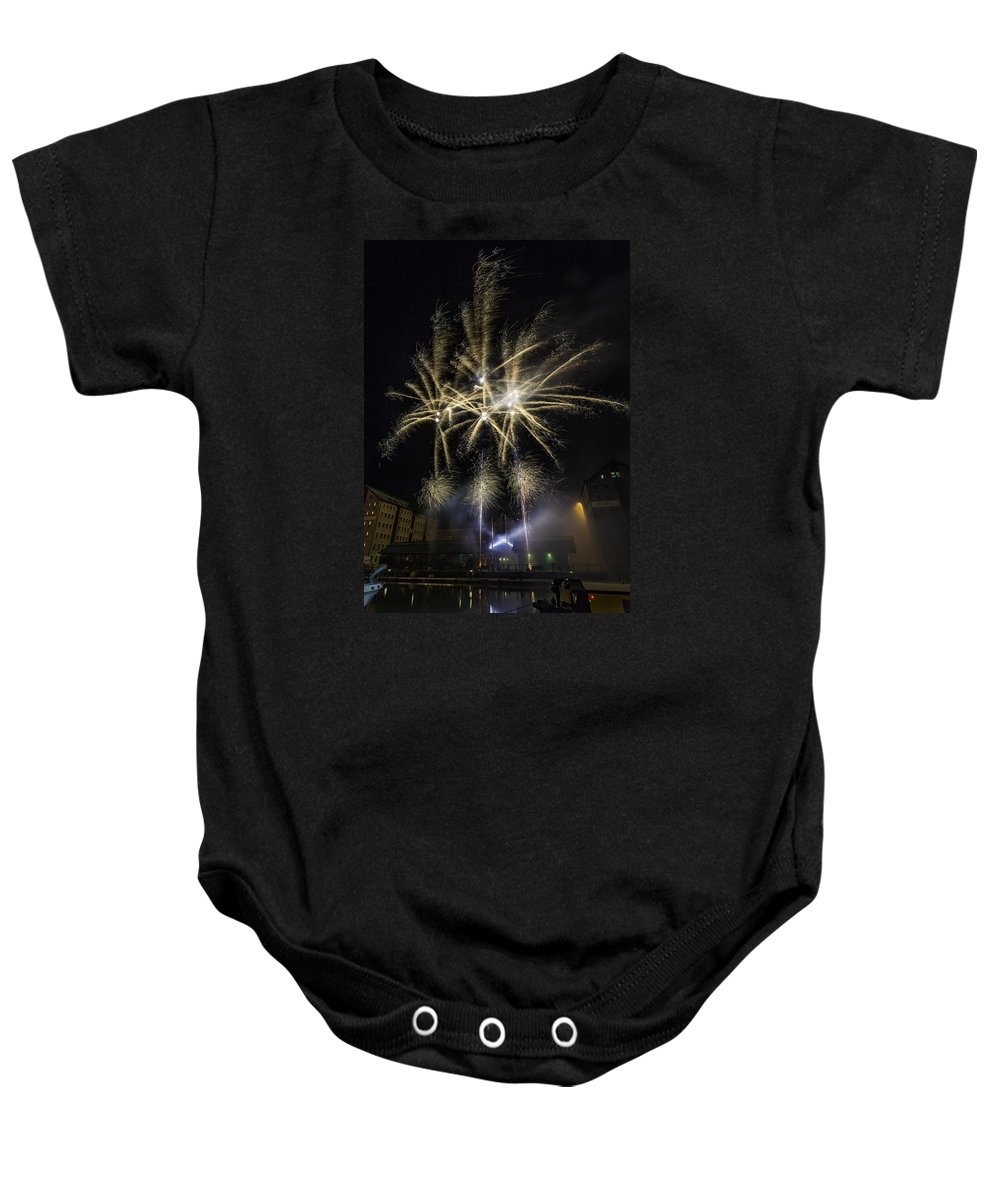 Gloucester Fireworks Nov 2015 Baby Onesie featuring the photograph The Last Burst by Wendy Chapman