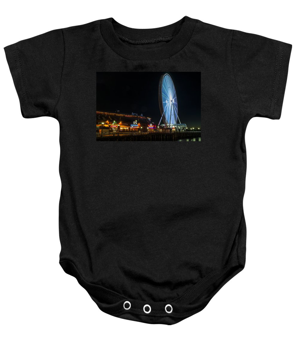 Long Exposure Shot Seattle Great Wheel Washington Baby Onesie featuring the photograph The Seattle Great Wheel 2 by Pelo Blanco Photo