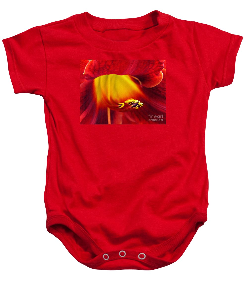Lily Baby Onesie featuring the photograph Red Lily Center 4 by Sarah Loft