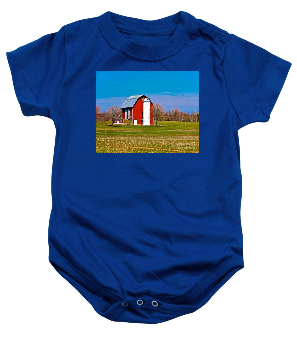 Barn Baby Onesie featuring the photograph Spring Time On The Farm by Robert Pearson