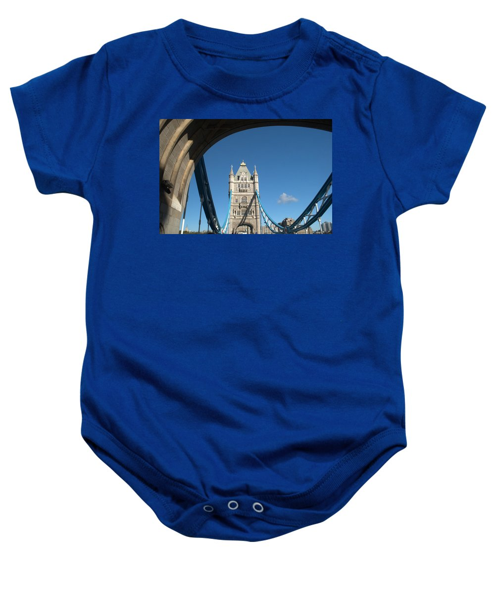 Tower Bridge Baby Onesie featuring the photograph Tower Bridge by Chris Day