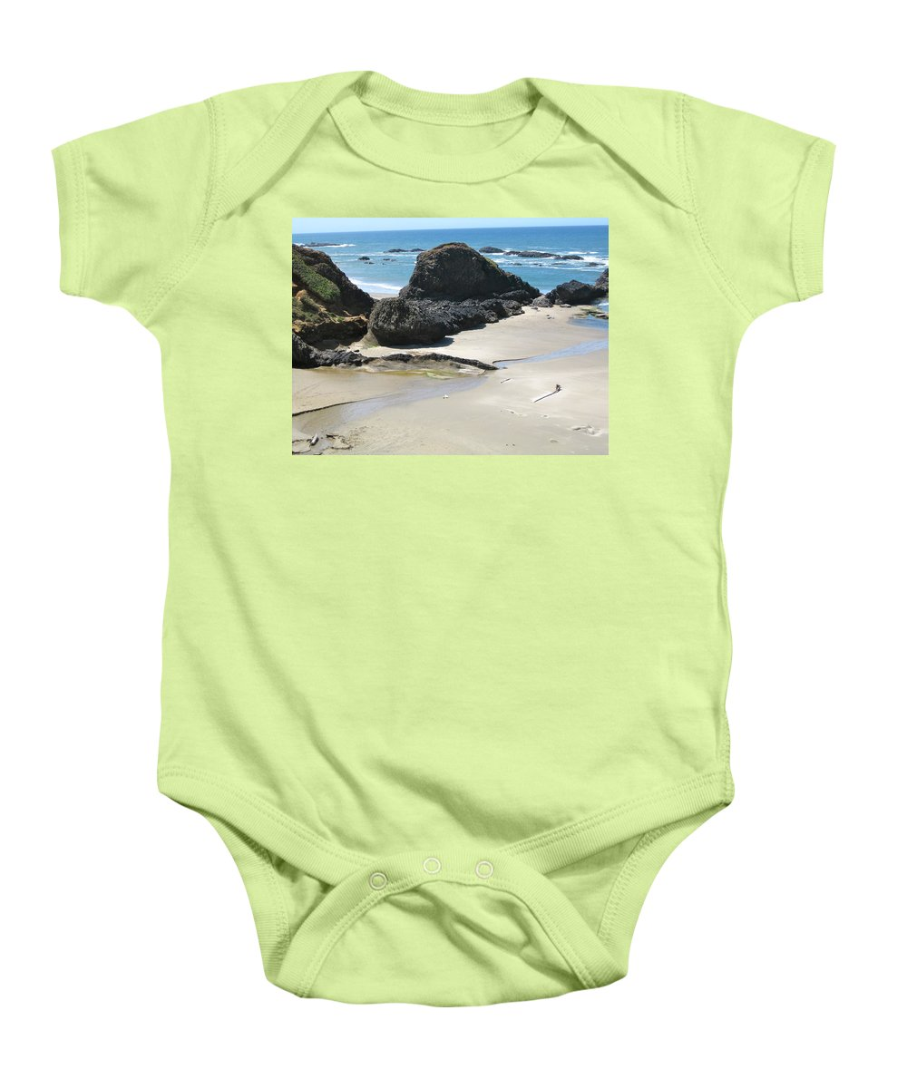 Ocean Baby Onesie featuring the photograph Rocks On The Oregon Coast by Linda Hutchins