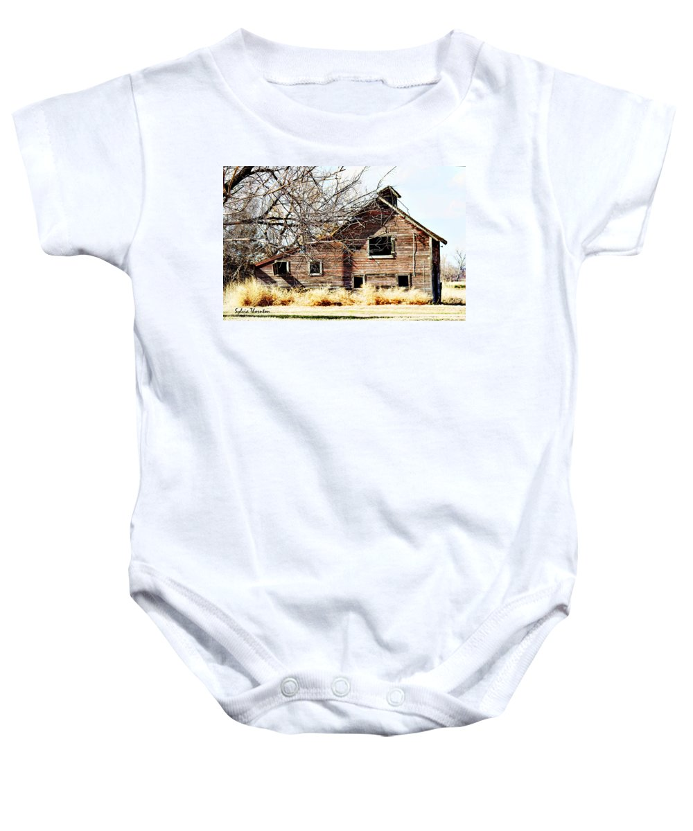 Old Barn Baby Onesie featuring the photograph Petite Barn by Sylvia Thornton