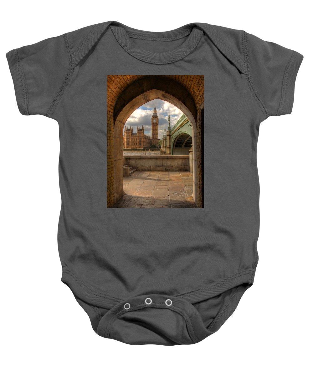 Big Ben Baby Onesie featuring the photograph Big Ben Through The Arch by Lee Nichols
