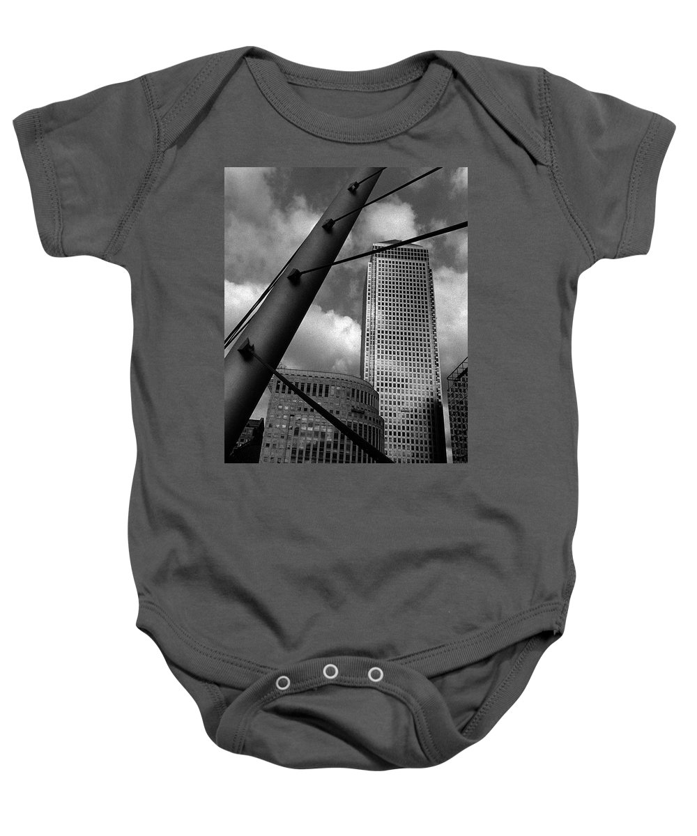 Canary Wharf Baby Onesie featuring the photograph Canary Wharf London by David Rives