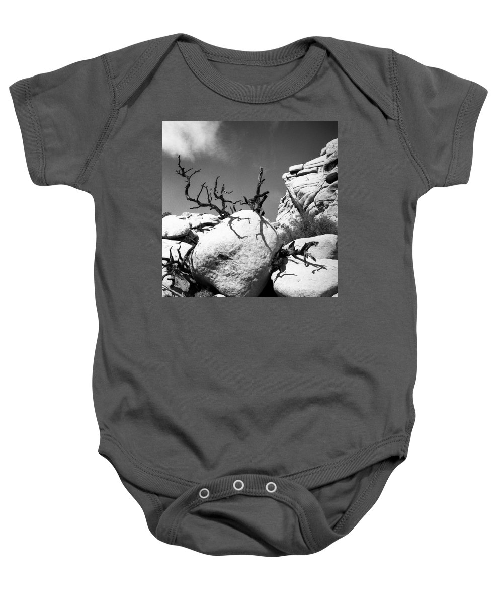 Joshua Tree Baby Onesie featuring the photograph Lone Tree by Alex Snay