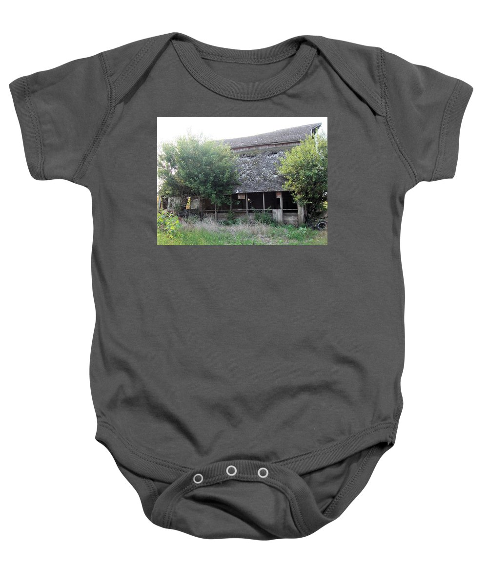 Barn Baby Onesie featuring the photograph Retired Barn by Bonfire Photography