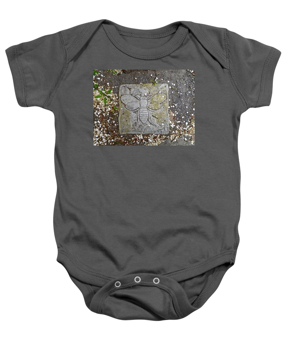 Stone Baby Onesie featuring the photograph Stone Bee In Jim Thorpe Pa by Anna Ruzsan