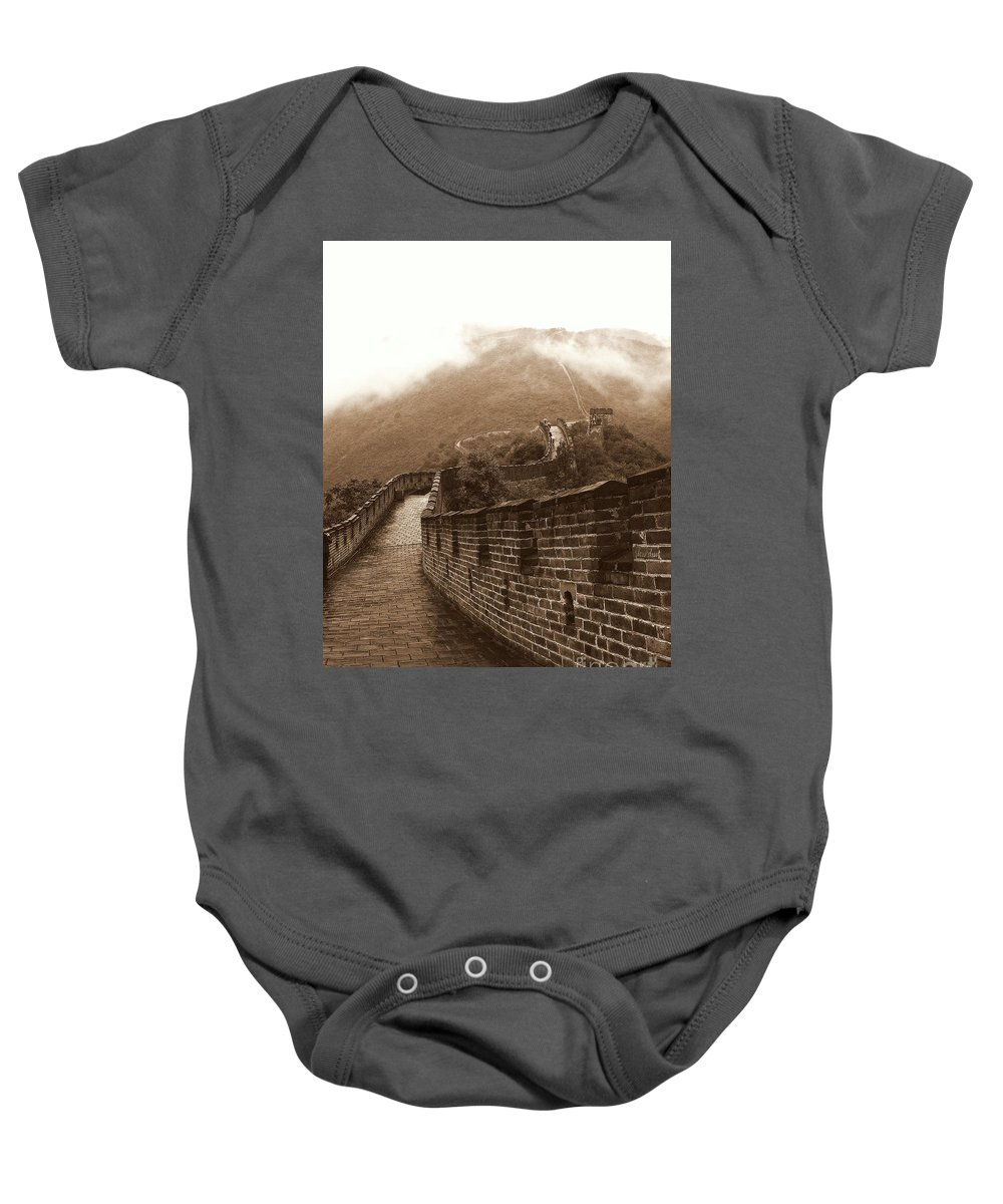 Long Wall(s) 長城 Baby Onesie featuring the photograph The Great Wall by Noa Yerushalmi
