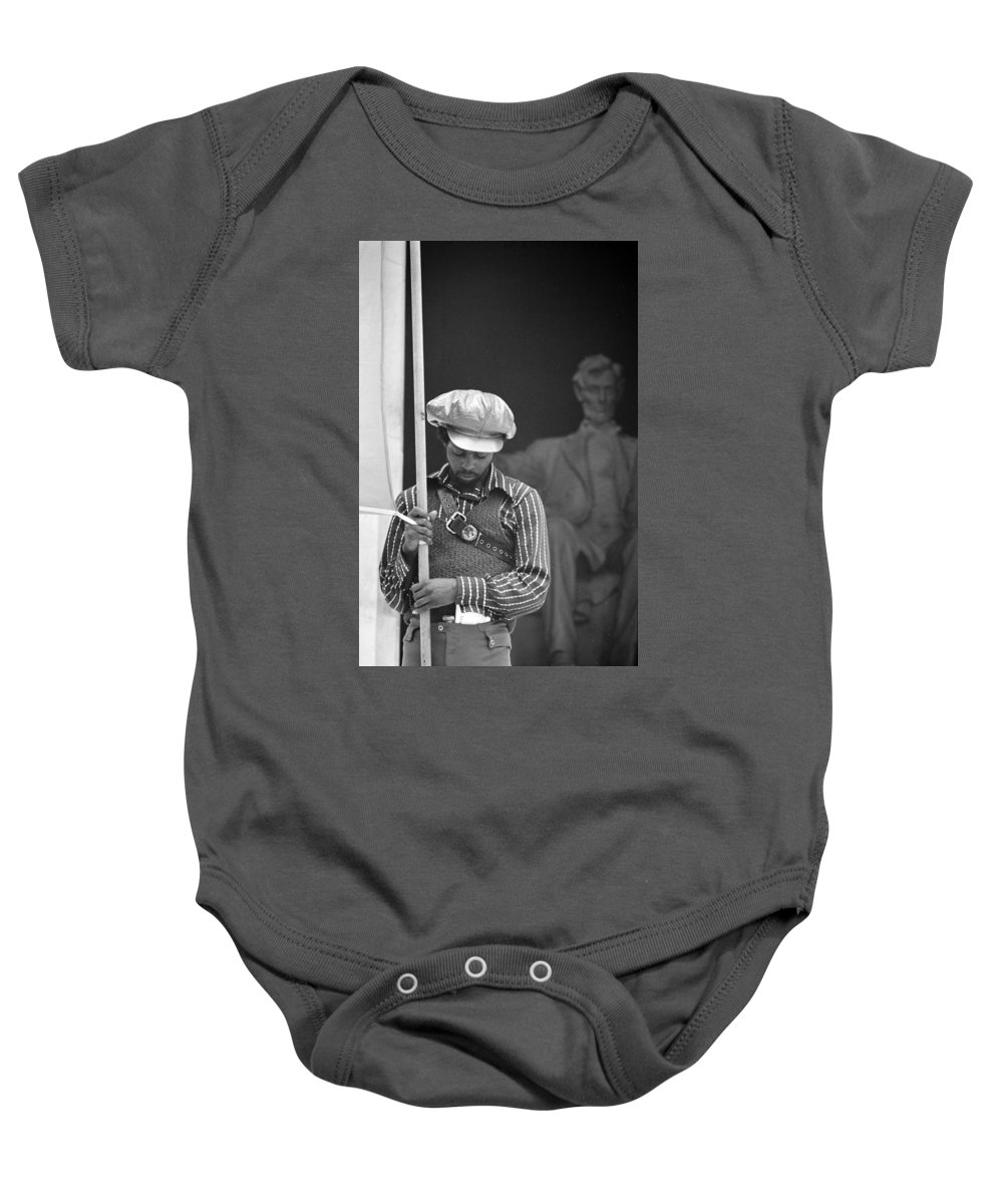 black Panthers Baby Onesie featuring the photograph Black Panthers At The Lincoln Memorial - 1970 by International Images