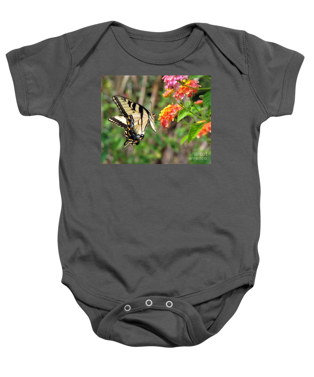 Butterfly Baby Onesie featuring the photograph Butterfly by Amanda Barcon