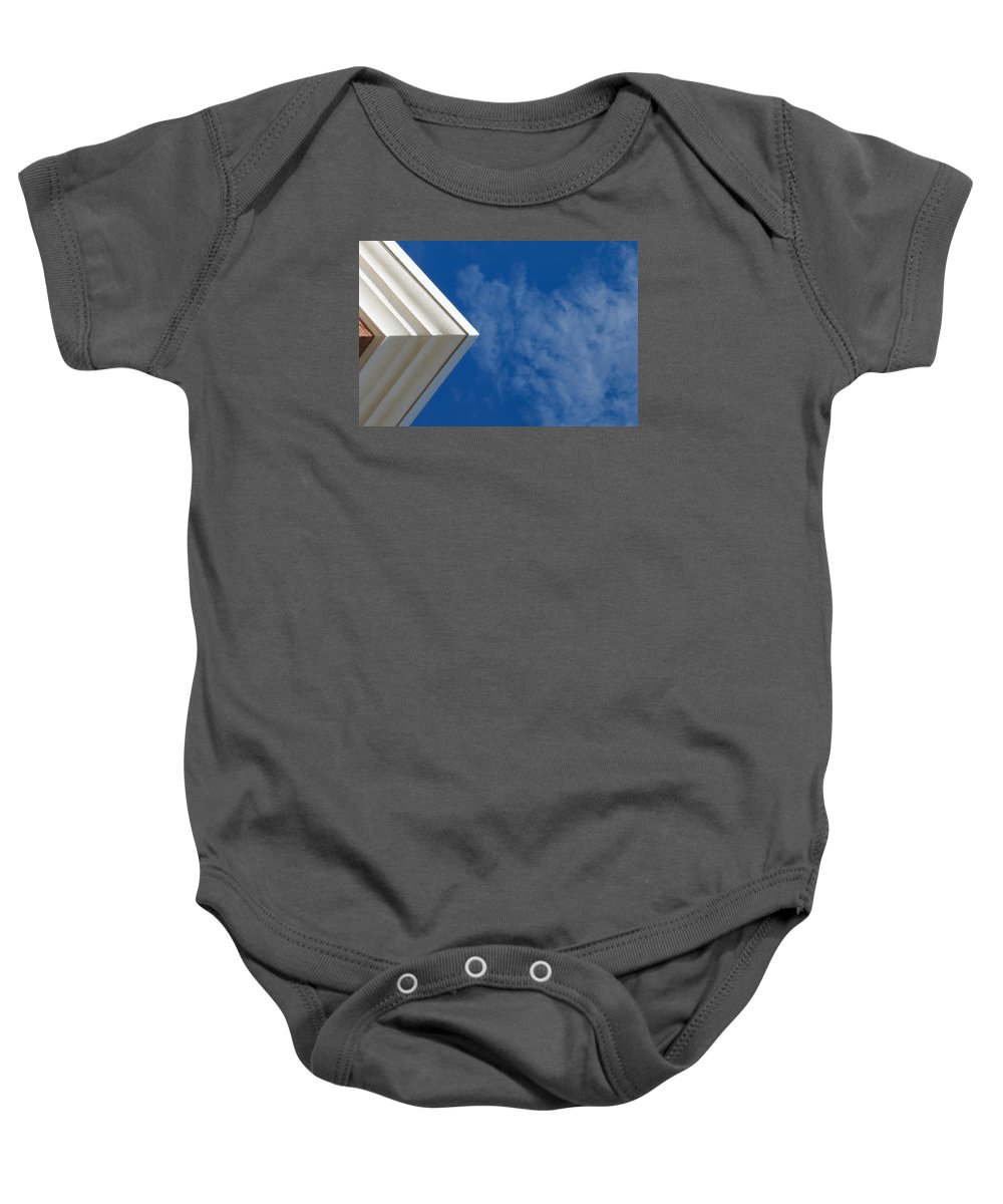 Horizontal Baby Onesie featuring the photograph Looking Up by Robert Meyerson
