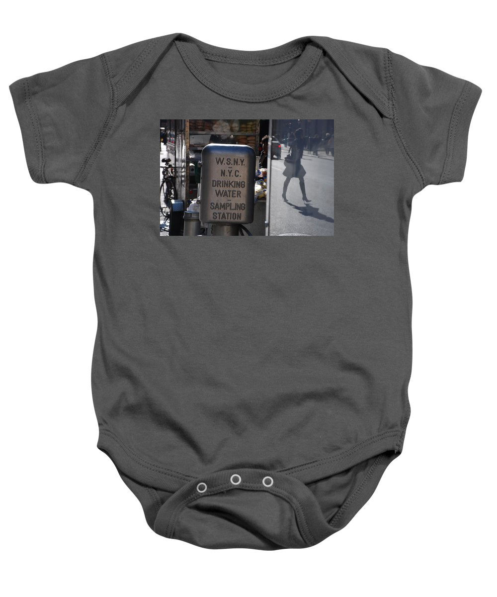Street Scene Baby Onesie featuring the photograph Nyc Drinking Water by Rob Hans